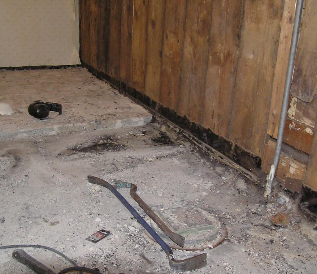 det-gamla-badrumsgolvet-2